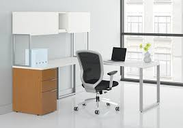 L Shaped Contemporary Desk Hon Voi Contemporary L Shaped Desk With Overhead Hutch Vc7272l1b