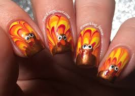 tutorial turkey feather water marble nails for thanksgiving