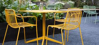 tavoli e sedie da giardino usati materiali utilizzati per costruire tavoli e sedie dsedute
