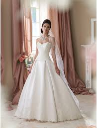 robe de mariã e princesse dentelle robe de mariée princesse satin dentelle paillette bustier col coeur