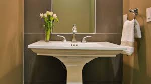 bathroom pedestal sinks ideas best 25 pedestal sink bathroom ideas on small 20