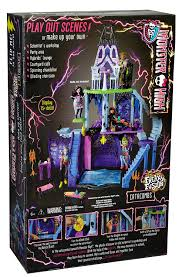 amazon com monster high freaky fusion catacombs playset toys u0026 games