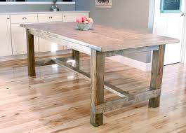 build your own farmhouse table with these free easy to follow