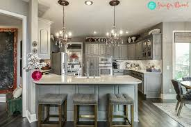 what wall color looks with grey cabinets 21 ways to style gray kitchen cabinets