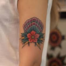scallop shell tattoo design 45 beautiful seashell tattoos you ll