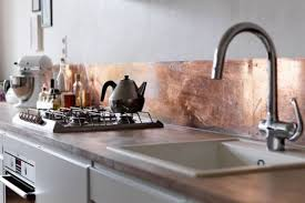 copper kitchen backsplash tiles 27 trendy and chic copper kitchen backsplashes digsdigs