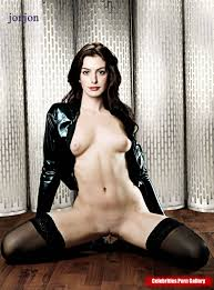 anne hathaway nude pic anne hathaway nude is just plain xxx awesome pictures collection