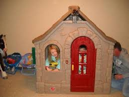 Step 2 Nice And Tidy Cottage by Step2 Naturally Playful Storybook Cottage Playhouse Walmart Com