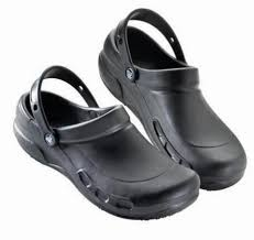 chaussure crocs cuisine metro fr sabot de travail noir bistro m8 t 41 42 crocs