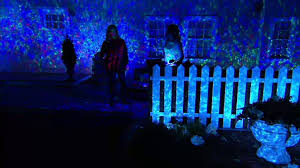 christmas laser lights fortmas qvc projected on houselaser