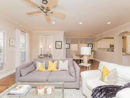 southern charm in south lamar neighborhood 2 5 miles from dt