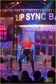 Chandelier Dance Derek Hough Does Sia U0027s U0027chandelier U0027 On U0027lip Sync Battle U0027 Photo
