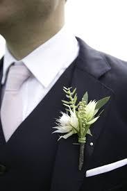 wedding flowers groom 236 best boutonnieres groom groomsmen fathers images on