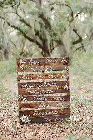 wedding quotes signs 5 diy wood pallet ideas for your wedding