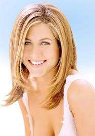 hair style of a egg shape face jennifer aniston cuts and styles for your face shape oval face