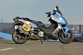 bmw c600 sport review bmw c600 sport scooter second in s largest road rally