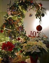 grinch tree kaber floral company grinch tree jpg festival of trees