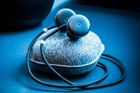 Comfortable Google Translate Pixel Buds Review Wireless Headphones For A Niche Audience Cnet
