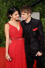 Selena Gomez The Scene Hit The Lights A Look Back At Selena Gomez And Justin Bieber U0027s Six Year Drama