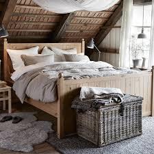 chambre en osier chambre zoom sur le bout de lit