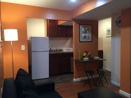 separate small 1 bedroom apartment 12 min to times square