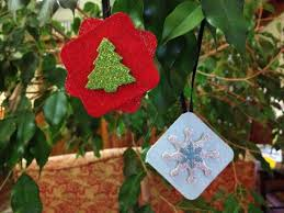 tutorial make glittery chipboard ornaments dollar store crafts