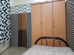 partition with attached bathroom sharjah