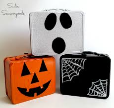 diy halloween candy carrier from upcycled vintage lunchbox