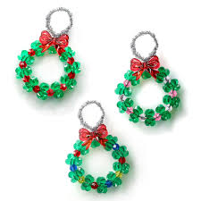 shop for the beaded wreath ornament kit by creatology at