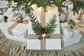 10 ways to create coastal holiday gift wrap