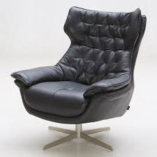 Leather Tufted Chairs Darth Italian Leather Tufted Lounge Chair Black Zuri Furniture