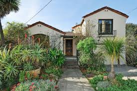 California Bungalow Live The Charming California Bungalow Life For 1 1m Curbed