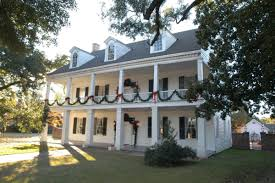 tour of homes christmas festival of lights in natchitoches la