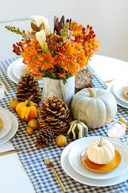 Centerpieces For Thanksgiving 34 Diy Thanksgiving Centerpieces Thanksgiving Table Decor Pumpkin