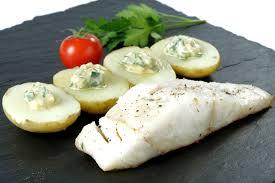 cuisiner le lieu jaune recette lieu jaune pommes de terre primaline sauce gribiche plats