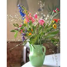 flower arrangements ideas 15 gorgeous flower arranging ideas for spring good housekeeping