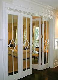 Sliding Closet Door Ideas by Best 25 Closet Door Makeover Ideas On Pinterest Door Makeover