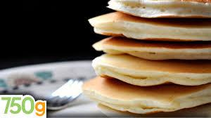 recette pancakes hervé cuisine recettes des vrais pancakes américains 750 grammes