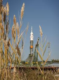 soyuz rollout for expedition 21 launch nasa