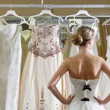 pre owned wedding dresses what to about buying a pre owned wedding dress brides