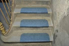 tappeto per scale outlet coprigradino strong azzurro tappeto su misura
