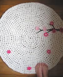 Crochet Rugs With Fabric Strips Crochet T Shirt Yarn Rug How To Tips Crochet Tutorial
