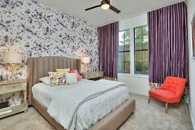 papier peint tendance chambre adulte papier peint tendance chambre adulte couleur prune fonc papier