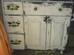 Best White Paint For Kitchen Cabinets by Kitchen Kitchen White Kitchen Cabinets With Granite Fabulous