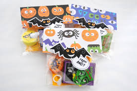 Halloween Candy Bags Craft by Halloween Treat Bags