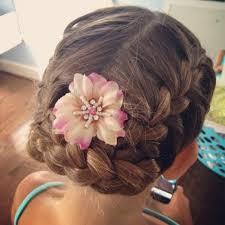 coiffure mariage enfant tresse enfant 70 idées géniales pour les petites demoiselles
