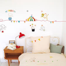 stickers animaux chambre b stickers muraux enfant avec stickers muraux chambre b b gar on 2017