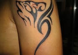echhed wolf tribal design on sleeve http heledis com
