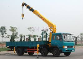 durable xcmg hydraulic commercial boom truck crane with 100 l min