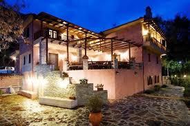 casa rossa sofa guesthouse la casa rossa prinos greece booking